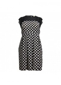 robe grande taille - robe patineuse noire à pois blancs (face)