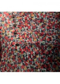 chemisier grande taille - chemisier manches courtes motif fleuri coloris rouge (détail)